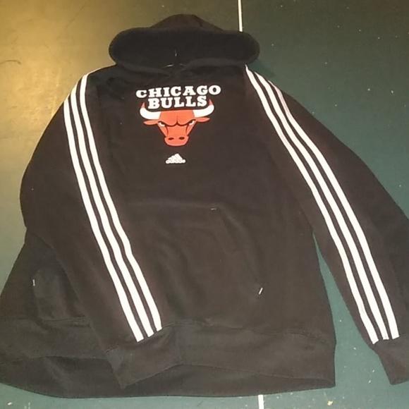 Molestia Estúpido Ensangrentado  adidas Jackets & Coats   Adidas X Chicago Bulls Hoodie   Poshmark